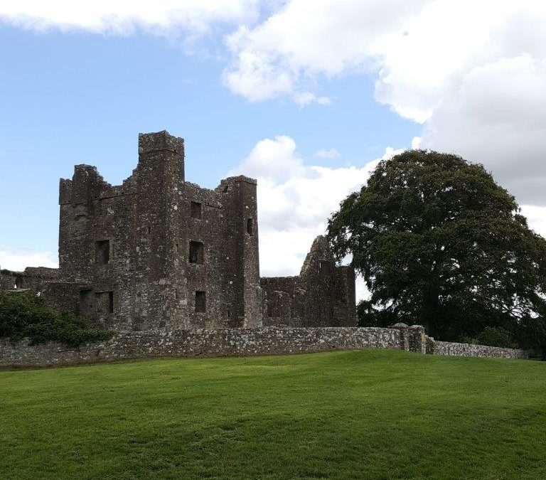 Love | Bective Abbey – Boyne Valley