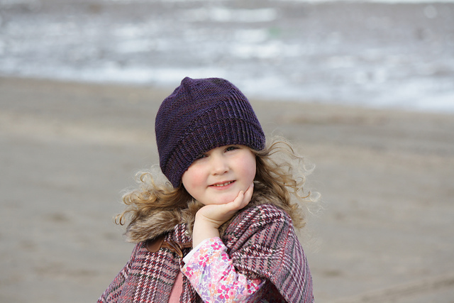 Half Theory Hat by Woolly Wormhead in Alexandras Crafts yarn.